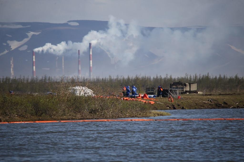 В Норильске и на Таймыре отменён режим ЧС, установленный после разлива топлива на ТЭЦ-3