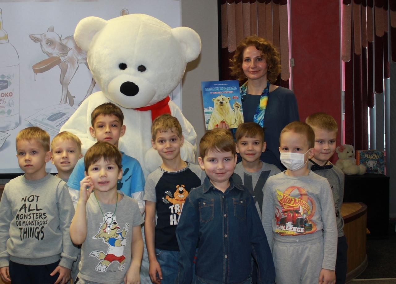 Норильская писательница Ольга Шадрина презентовала свои первые книги для детей
