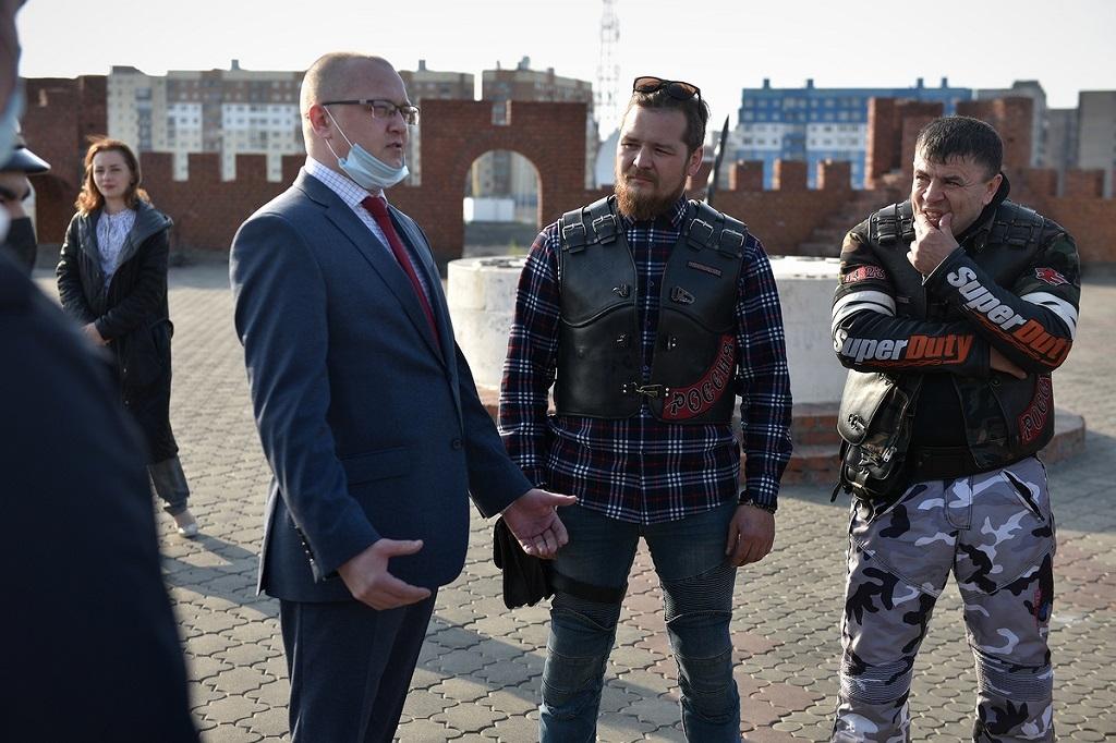 Администрация Норильска и мотоклуб «Ночные волки» договорились о сотрудничестве