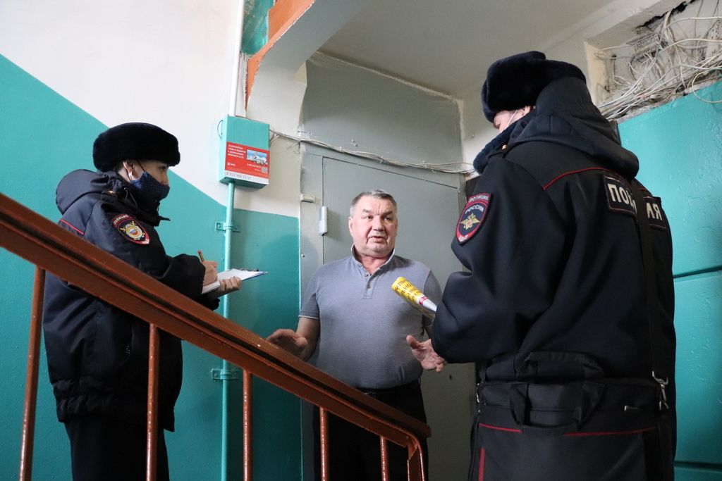 Полицейские напоминают норильчанам об основных уловках мошенников
