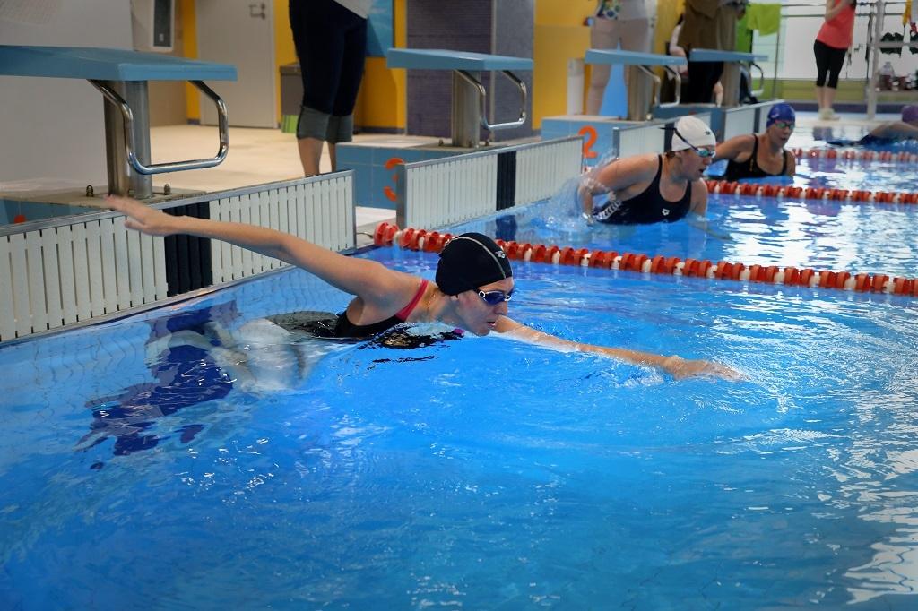 8 июня в бассейне «Х-Fit Север» прошёл отборочный заплыв для участия в чемпионате мира по плаванию в открытой воде