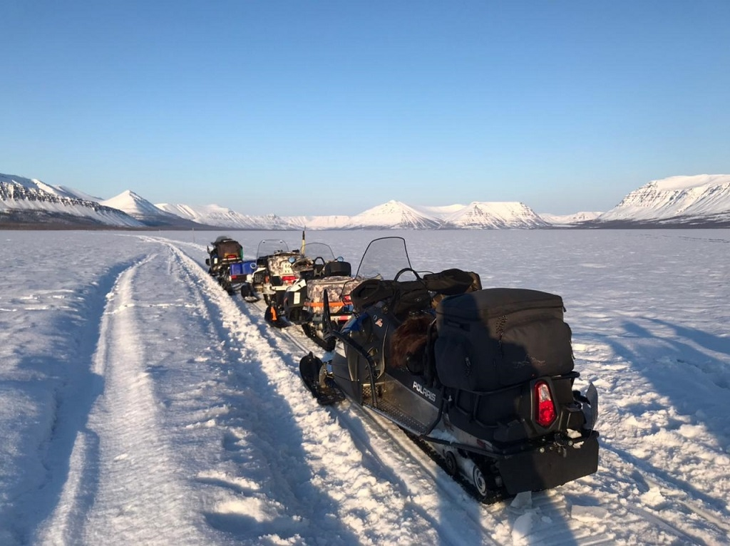 Дайверы Норильска побывали в экспедиции на поисках затонувшего самолёта АН-2