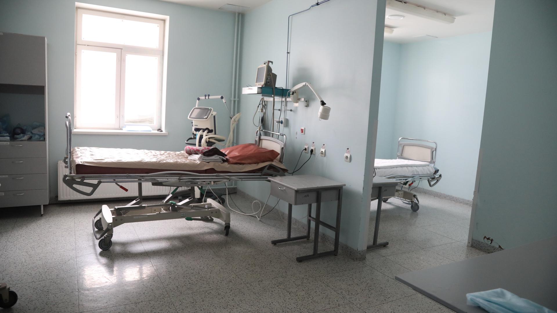 За последние сутки в России зарегистрировано 14 231 новый случай заражения коронавирусом