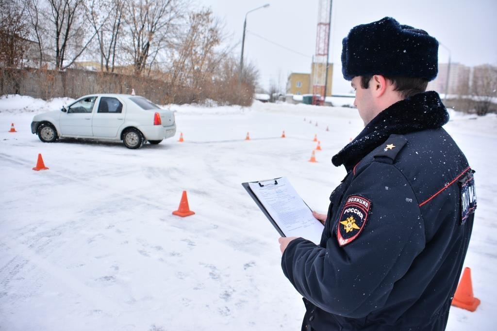 В 2021 году может измениться порядок сдачи экзамена на водительские права