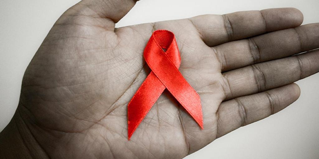 В третье воскресенья мая в России проходит Международный день памяти людей, умерших от ВИЧ и СПИДа