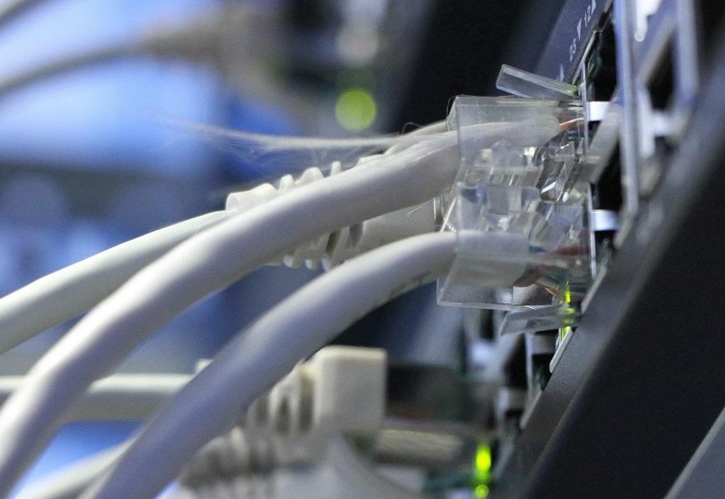 В скором времени начнётся прокладка глубоководного кабеля по Севморпути
