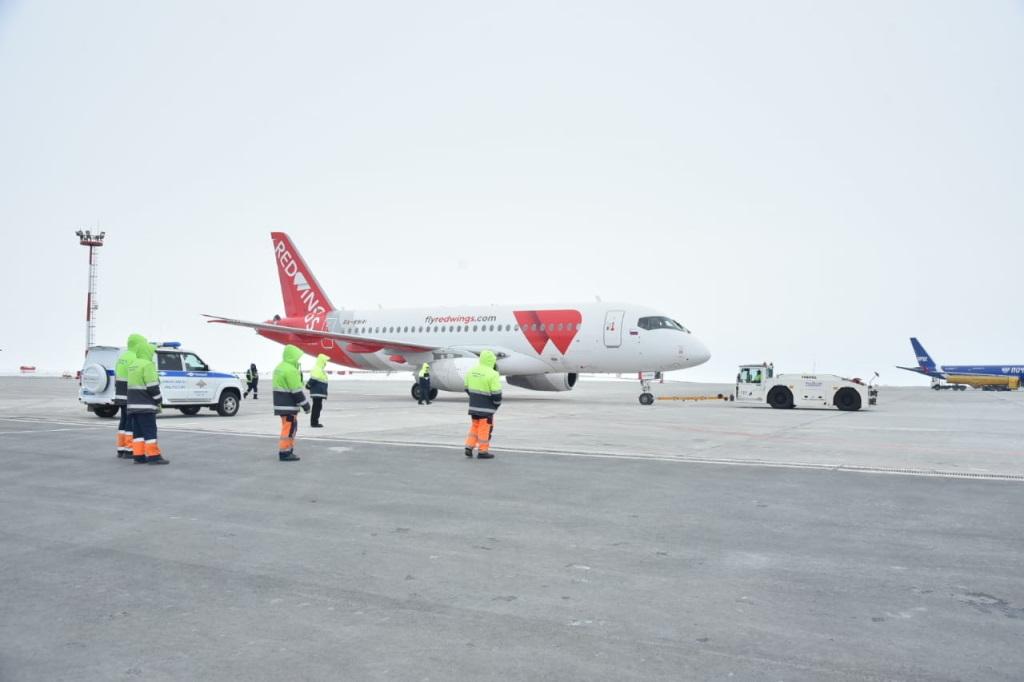 Сегодня первый рейс из Челябинска в Норильск совершил самолёт Sukhoi Superjet 100