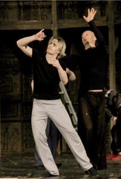«Гамлету» - быть!