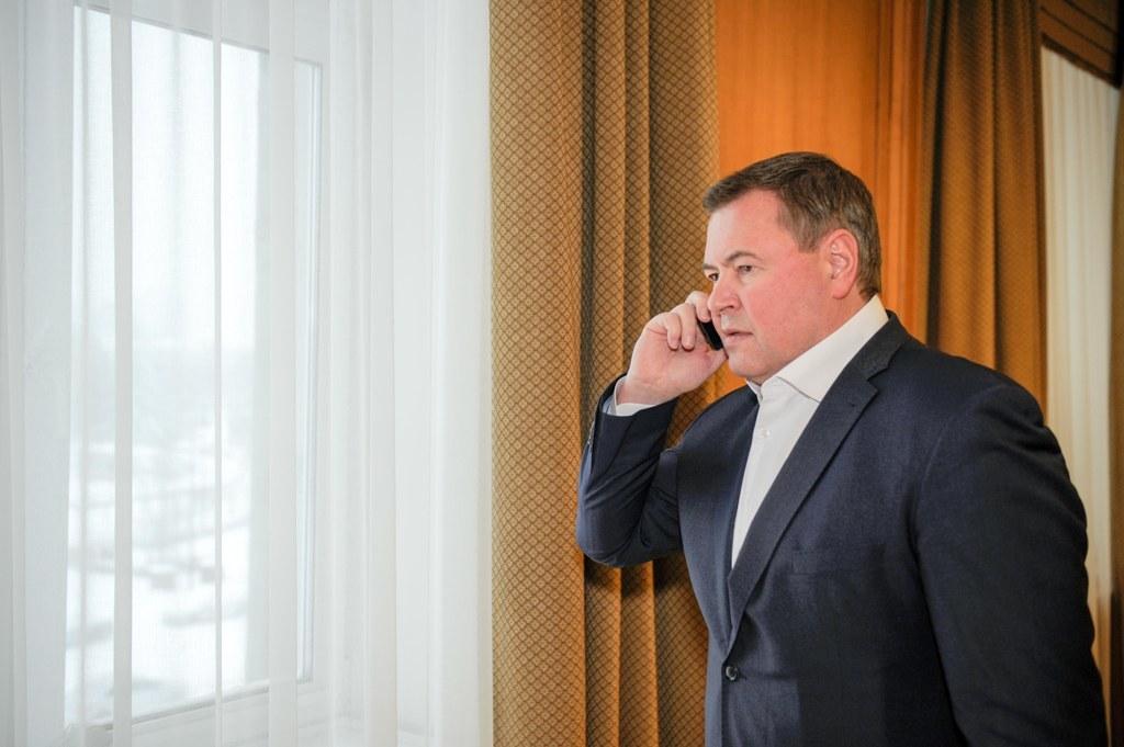 Дмитрий Свиридов пообщался с родственниками пострадавшего в сходе лавины Макара