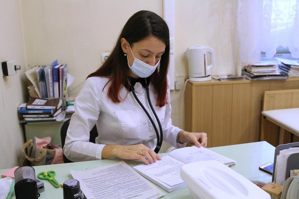 Краевые власти подготовили к окончательному чтению законопроект о предоставлении «подъёмных» акушерам и медсесёстрам