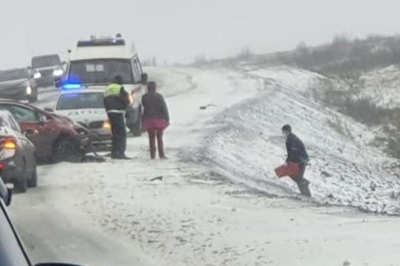 Вчера на трассе Норильск-Алыкель произошла авария, в которой пострадали четыре человека