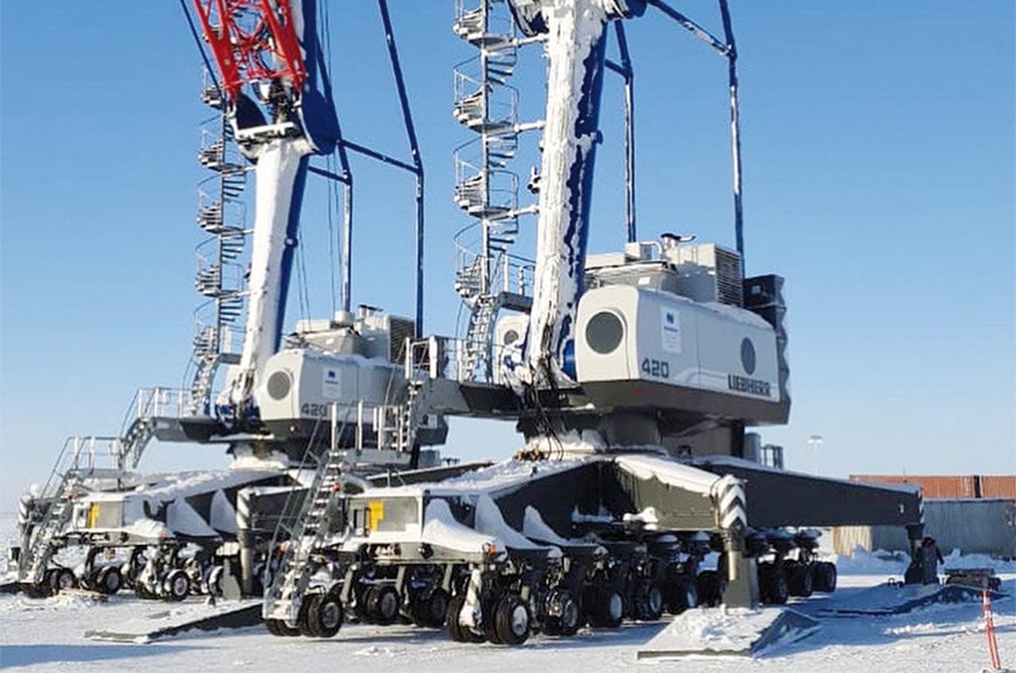 В Дудинском морском порту на речном причале вместо плавкрана будут использовать мобильный колёсный кран Liebherr LHM 250