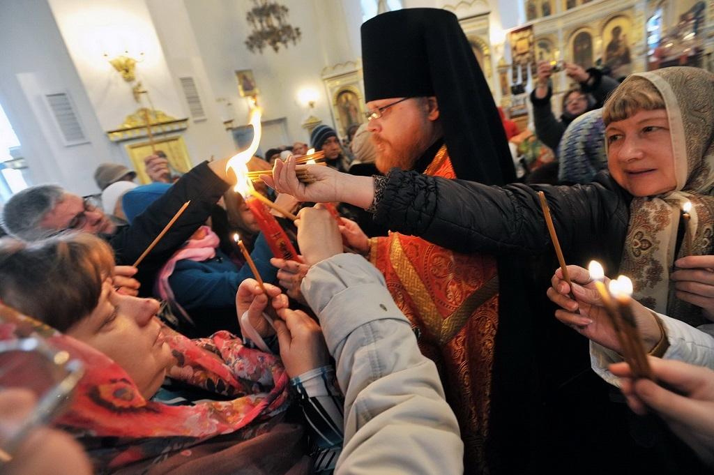 Лампада со святыней из храма Гроба Господня прибудет в аэропорт Норильска 3 мая рейсом Y7 103 из Москвы