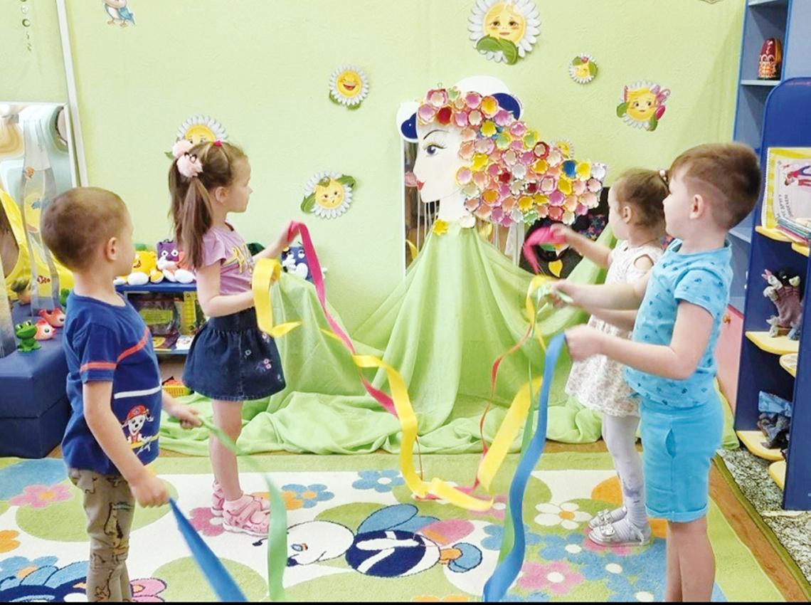Красавицу Весну порадовали в детском саду «Сказка»