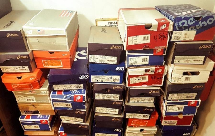 Полицейские в Норильске доказали вину предпринимателя, торговавшего контрафактом