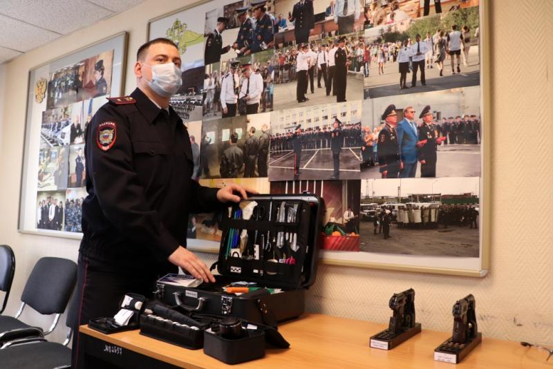 В Норильском отделе МВД прошёл день открытых дверей для школьников и их родителей