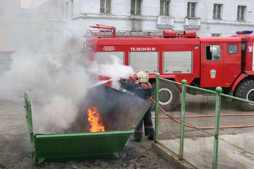 Сегодня во дворе дома № 19 по Советской произошёл пожар