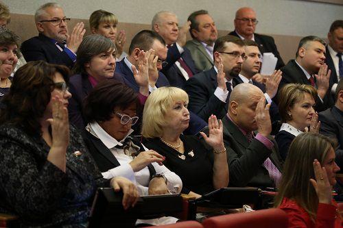 Бюджет Норильска скорректирован. Сегодня депутаты горсовета внесли поправки в главный финансовый документ города.