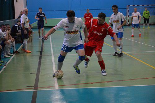 Финишная прямая. В Талнахе завершился 3-й тур 12-го Кубка северных городов по мини-футболу среди ветеранов.