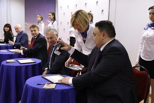 Церемония специального гашения почтовых конвертов, выпущенных к юбилею города-порта, прошла в Таймырском музее в рамках праздничных событий в честь 350-летия Дудинки.