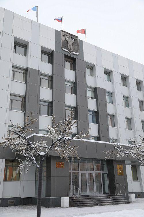 Администрация Норильска представила депутатскому корпусу на изучение главный финансовый документ города.