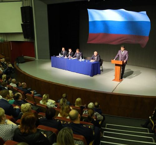Поддержать голосом развитие Норильска призвали норильчан участники собрания актива города.