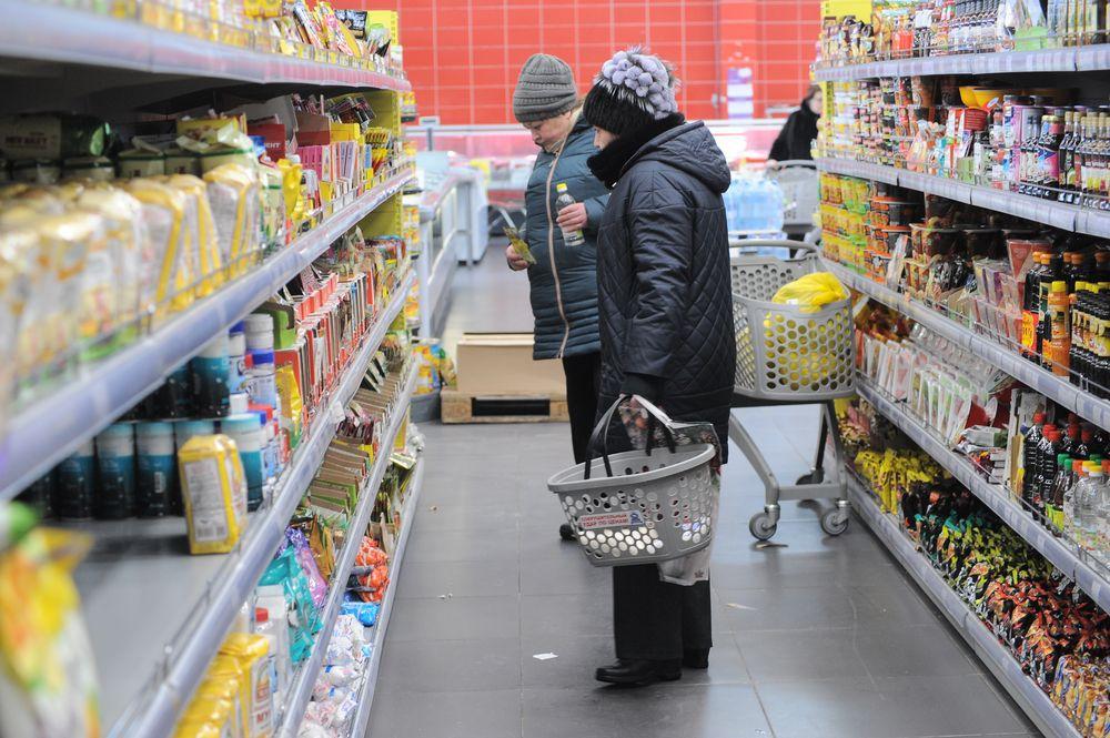 Цены не повышать! Прокуратура Норильска контролирует ценники на прилавках продуктовых магазинов.