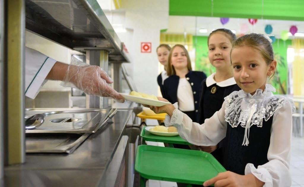 Чем будут кормить учеников начальной школы