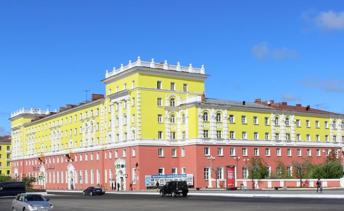 Ленинский проспект в День России в этом году не закроют, но ремонтные работы на дорогах уже в разгаре
