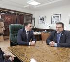 Глава города Дмитрий Карасев и председатель СЖРВладимир Соловьев обсудили кадровые вопросы