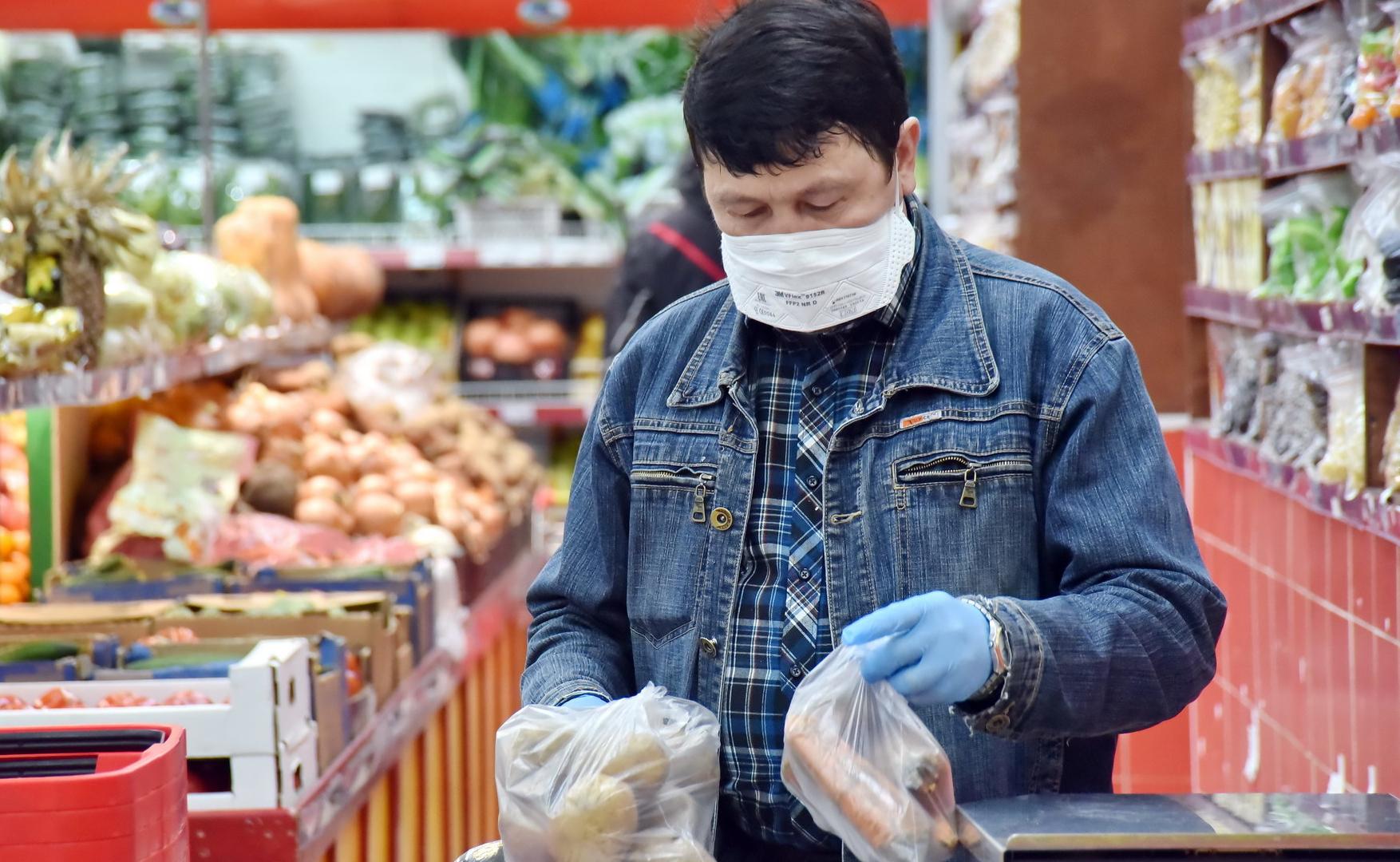 Россиянам придётся носить маски и осенью
