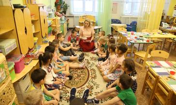 Дети из одной семьи имеют приоритетное право на оформление в один садик