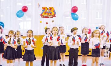 «Курс молодого бойца» прошли воспитанники детсада «Облачко».