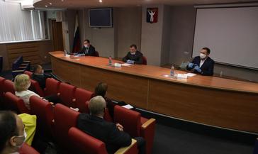 Сегодня состоялась рабочая встреча депутатов Норильского горсовета с экологами