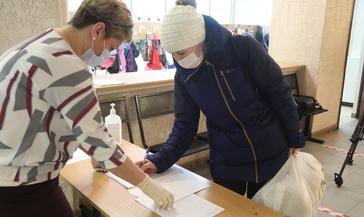 Норильск получил 3 415 наборов для отдельных категорий школьников взамен положенных горячих завтраков