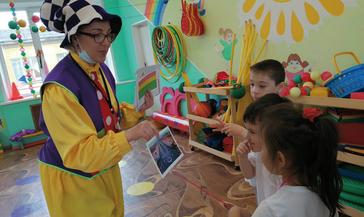 В детском саду «Оленёнок» рассказали о работе родителей в «Норникеле»
