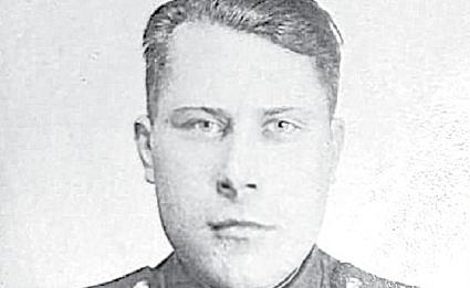 Техник–лейтенант Алексей Николаевич Дмитриев (1918–1977)