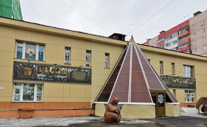Дудинский Центр народного творчества закупит выставочное оборудование, технику и сырьё на деньги из краевой казны